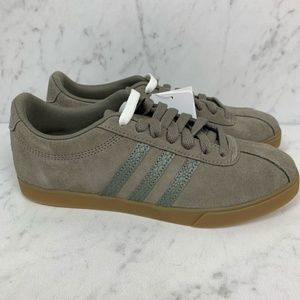 Adidas Courtset Olive Green Tennis Shoes Size 7&8